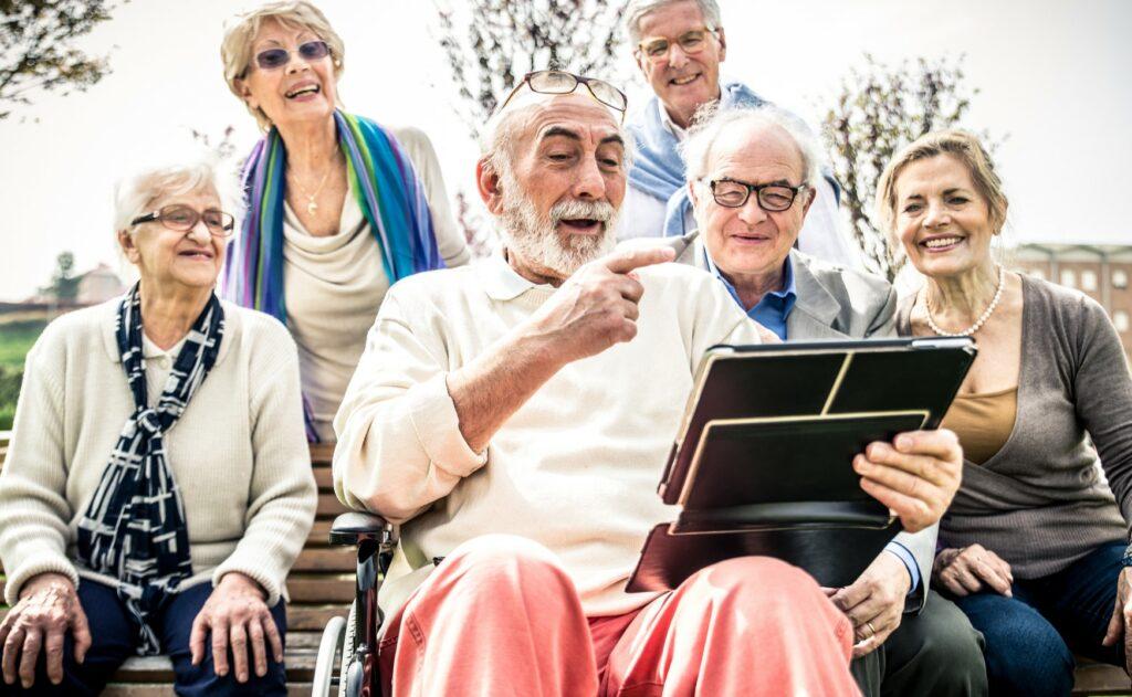 Dokumentation von allem in der Pflege, Erinnerungen und Aktivitäten dokumentieren von Senioren